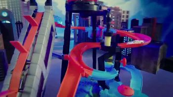 Hot Wheels Ultimate Gator Carwash TV Spot, 'Challenge Accepted' - Thumbnail 5