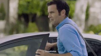 Febreze Car Vent Clips TV Spot, 'Lingering' - Thumbnail 2