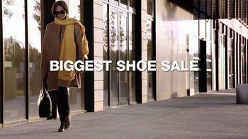 Macy's Columbus Day Sale TV Spot, 'Shoes and Diamonds' - Thumbnail 5