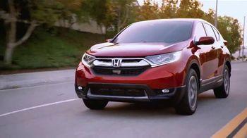 Honda CR-V TV Spot, 'Holy Molten Lava Pearl' [T2] - Thumbnail 4