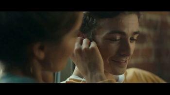 Audible TV Spot, 'Listen for a Change: Couple' - Thumbnail 4