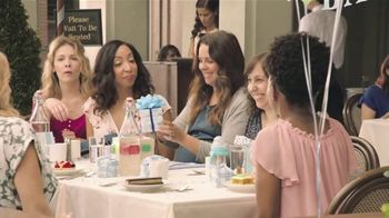Nationwide Insurance TV Spot, 'Jingle Sessions: Baby Shower' Featuring Peyton Manning, Brad Paisley - Thumbnail 4