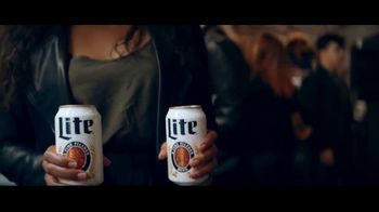Miller Lite TV Spot, 'Art Gallery'