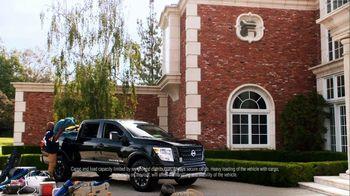 Nissan TV Spot, 'Heisman House: Bo Watching' Featuring Derrick Henry, Tim Tebow [T1] - Thumbnail 4