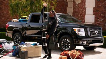 Nissan TV Spot, 'Heisman House: Bo Watching' Featuring Derrick Henry, Tim Tebow [T1] - Thumbnail 6