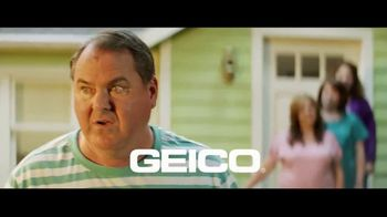 GEICO TV Spot, 'An Unexpected Lawn Mowing Win' - Thumbnail 10