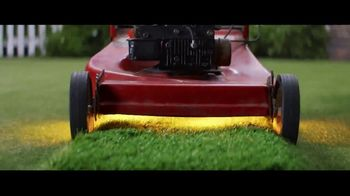 GEICO TV Spot, 'An Unexpected Lawn Mowing Win' - Thumbnail 6