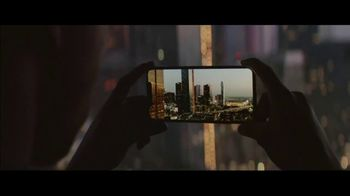 Apple iPhone XS TV Spot, 'Growth Spurt' Song by Confidence Man - Thumbnail 9
