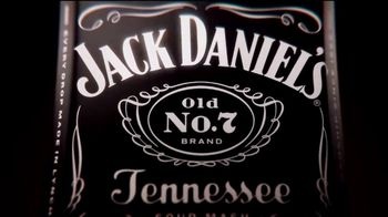 Jack Daniel's TV Spot, 'His Way' [Spanish] - Thumbnail 8