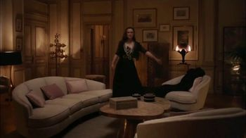 Chanel Coco Mademoiselle L'eau Privee TV Spot, 'Chess' Featuring Keira Knightley - Thumbnail 3