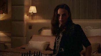 Chanel Coco Mademoiselle L'eau Privee TV Spot, 'Chess' Featuring Keira Knightley - Thumbnail 8