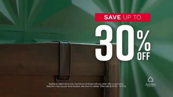 Ashley HomeStore Labor Day Sale TV Spot, 'Final Days: 30% and Queen Bed' - Thumbnail 4