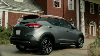 Nissan TV Spot, 'It's Heisman Time' Feat. Lamar Jackson, Tim Tebow, Kyler Murray, Song by Loverboy [T1] - Thumbnail 5