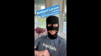 SimpliSafe TV Spot, 'Robbert: Set It Up Yourself: Free HD Camera'