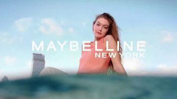 Maybelline New York Lifter Gloss TV Spot, 'Labios hidratados' con Gigi Hadid [Spanish] - Thumbnail 9