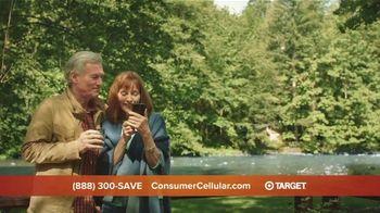 Consumer Cellular TV Spot, 'Cabin: Spring Into Savings' - Thumbnail 5