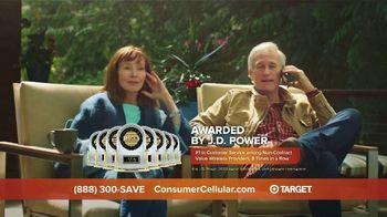 Consumer Cellular TV Spot, 'Cabin: Spring Into Savings' - Thumbnail 7