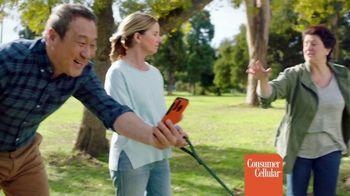 Consumer Cellular TV Spot, 'Dog Park: Spring Into Savings' - Thumbnail 3