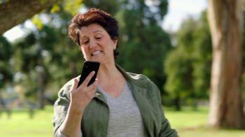 Consumer Cellular TV Spot, 'Dog Park: Spring Into Savings' - Thumbnail 5