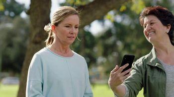Consumer Cellular TV Spot, 'Dog Park: Spring Into Savings' - Thumbnail 6