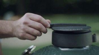 Big Green Egg TV Spot, 'Fire and Flavor: Shop Online' - Thumbnail 6