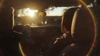 Chevrolet TV Spot, 'Chevy Cares: el camino despejado: Certified Service' [Spanish] [T1] - Thumbnail 2