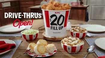 KFC $20 Fill Ups TV Spot, 'Entrega gratis: entrega sin contacto' [Spanish] - Thumbnail 7