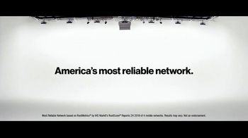 Verizon TV Spot, 'Helping Those Who Serve: $700 Off OnePlus 8' - Thumbnail 10