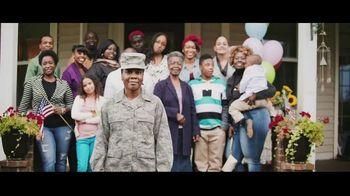 Verizon TV Spot, 'Helping Those Who Serve: $700 Off OnePlus 8' - Thumbnail 3