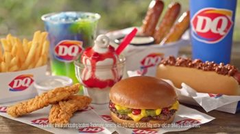 Dairy Queen Dairy Queen 2 for $4 Super Snack Menu TV Spot, 'Car Console' - Thumbnail 8