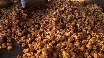 Garrett Popcorn TV Spot, 'Freshly Made' - Thumbnail 3