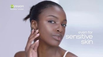 Garnier SkinActive Micellar Water TV Spot, 'Is Your Cleanser Cleansing?: Water Rose' - Thumbnail 7