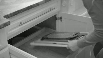 E-Z Board TV Spot, 'Disposable Cutting Board' - Thumbnail 1