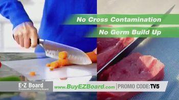 E-Z Board TV Spot, 'Disposable Cutting Board' - Thumbnail 3