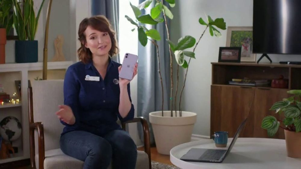 AT&T Wireless TV Commercial, 'WFH Tip: iPhone 11'