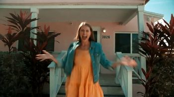 Tropical Smoothie Cafe TV Spot, 'Tropic Time' - Thumbnail 2