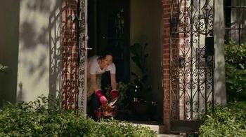Silk TV Spot, 'Neighbors Are Still Neighbors' - Thumbnail 9