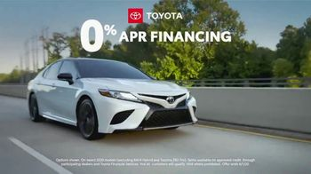 Toyota TV Spot, 'Trust Toyota: Open for Service' Song by Vance Joy [T2] - Thumbnail 5