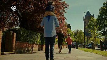 Hulu TV Spot, 'FX on Hulu: Breeders' - Thumbnail 4