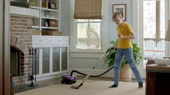 Greenlight Financial Technology Debit Card for Kids TV Spot, 'Checklists for Chores' - Thumbnail 4