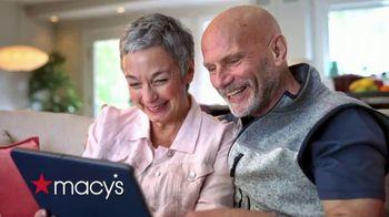 Macy's TV Spot, 'Hola abuela: envío gratis y 25 por ciento de descuento' [Spanish]