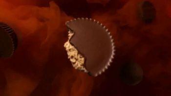 Reese's TV Spot, 'Halloween: Don't Be Afraid' - Thumbnail 5
