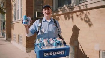 Bud Light TV Spot, 'Beer Vendor: Touchdown Dance'