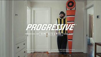 Progressive TV Spot, 'Sticking Together: Shower' - Thumbnail 7