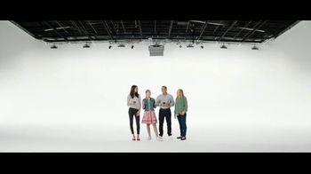 Verizon Unlimited TV Spot, 'Mix & Match 3.0: Galaxy S20 5G UW and $300 Switcher' - Thumbnail 5