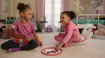 Hershey's TV Spot, 'Ava vs. Olivia'