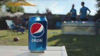 Pepsi TV Spot, 'Backyard' - Thumbnail 9