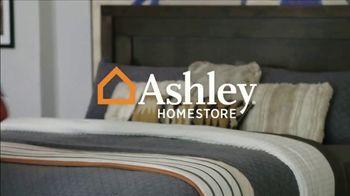 Ashley HomeStore Labor Day Mattress Sale TV Spot, 'Save up to $500 & Free Drop-Off' - Thumbnail 1