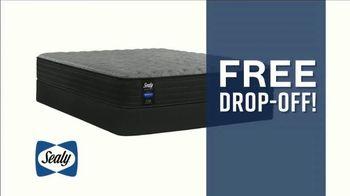 Ashley HomeStore Labor Day Mattress Sale TV Spot, 'Save up to $500 & Free Drop-Off' - Thumbnail 6