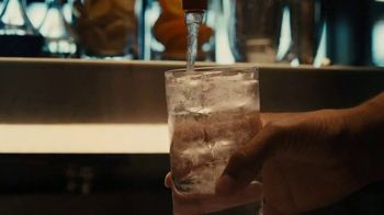 Crown Royal TV Spot, 'Stay Royal At The Bar with Kevin Garnett' - Thumbnail 6